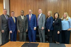 2020 NAR Leadership Team meeting with HUD Secretary Ben Carson