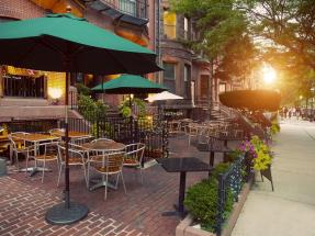 Cafe on Newbury Street in Boston