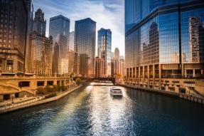 Chicago river downtown with riverwalk view