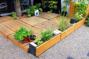 Easy Landscaping Ideas from Houselogic