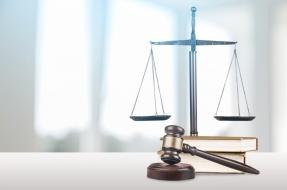 Legal Scales - Legal Seminar Notebook 2017
