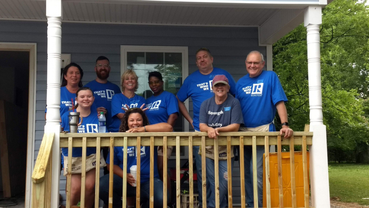 Chattanooga REALTORS® on Porch