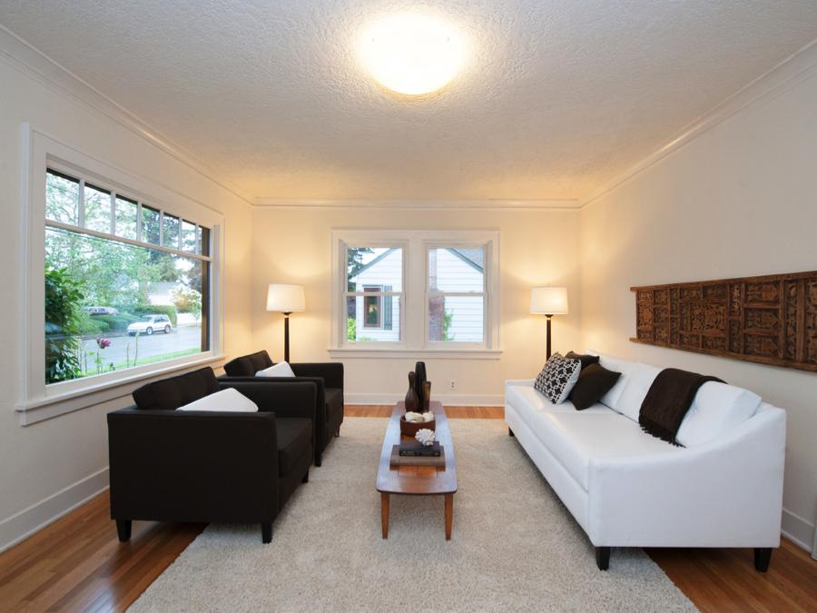 Justin_livingroom