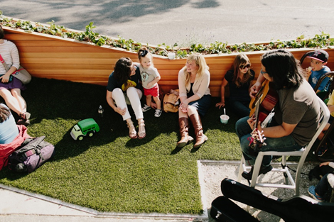 """The """"grassy slope"""" at the Molly Moon's parklet in Wallingford, WA"""