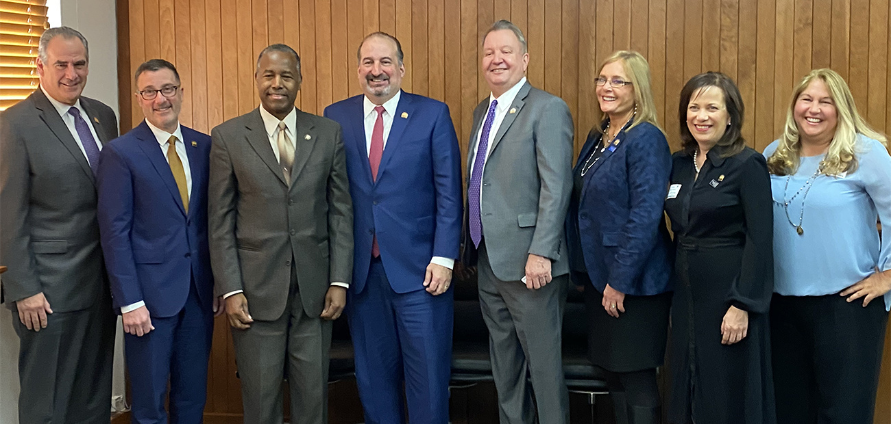 2020 NAR Leadership Team meeting with HUD Secretary Ben Carson