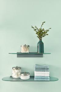 Valspar light green paint color